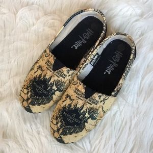 Harry Potter loafers/house shoes size medium